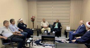 """ناجي خلال لقائه """"حزب الشعب الفلسطيني"""""""