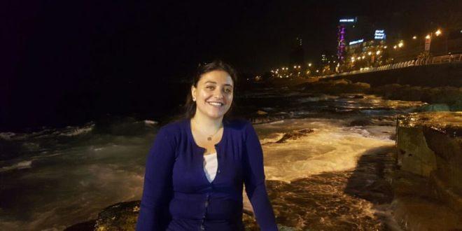 الشاعرة زينة حمود