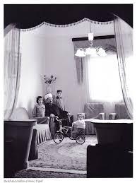 الشيخ نديم الجسر وعائلته