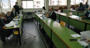 الطالب عبد الناصر الصلح خلال مناقشته اطروحة الدكتوراه