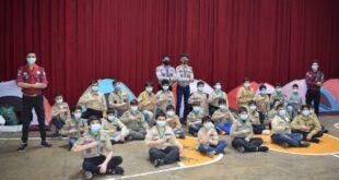 """المشاركون في المخيم الكشفي الداخلي لكشاف """"المشاريع"""""""