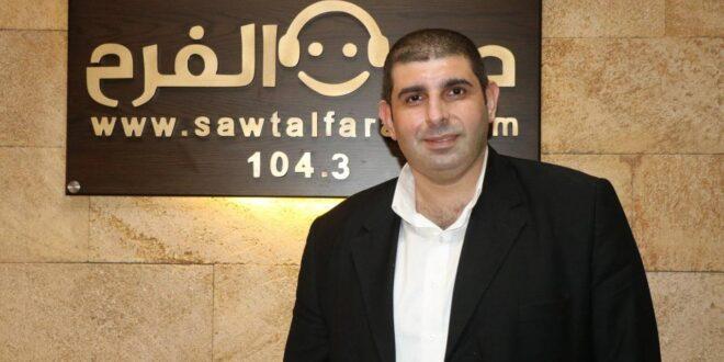 الصحافي والكاتب علي ضاحي