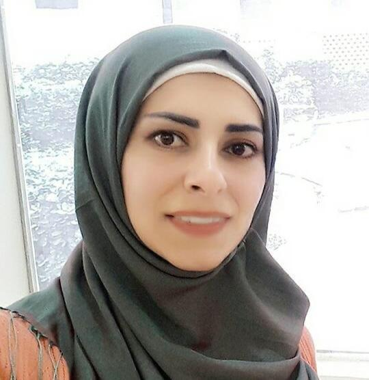 الاعلامية وفاء ناصر